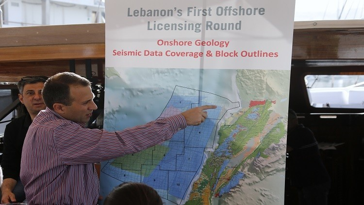 الحكومة اللبنانية تستهل عام 2017 بمرسومي التنقيب عن النفط والغاز