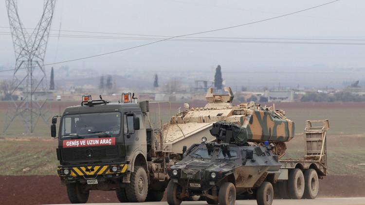 وزير الدفاع التركي: سياسة الولايات المتحدة في سوريا مثال للفشل الكامل