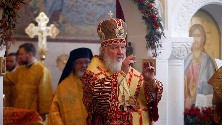 بوتين يهنئ بعيد الميلاد