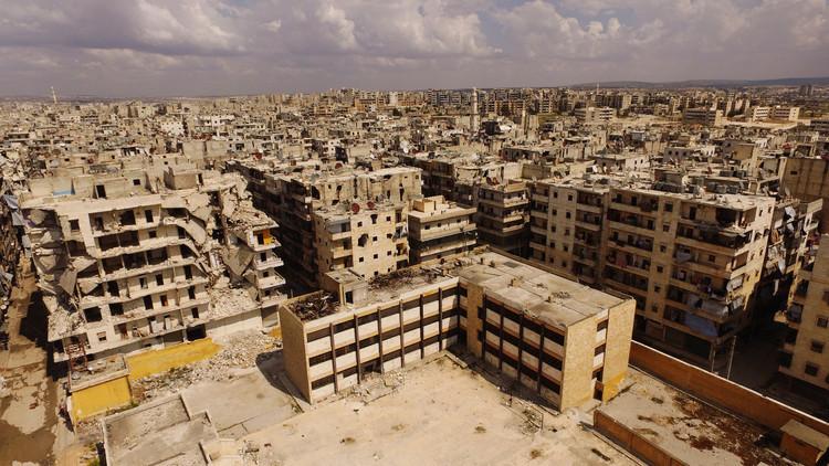 دمشق تقر برنامجا لإعادة الخدمات إلى حلب
