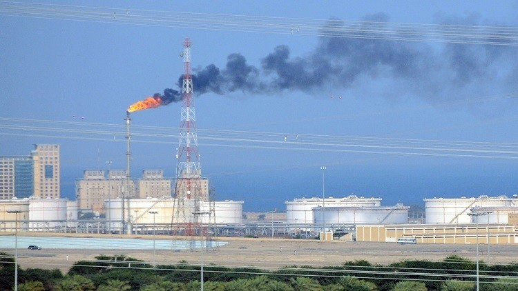 الكويت تتوقع ارتفاع أسعار النفط بثلاثة أضعاف