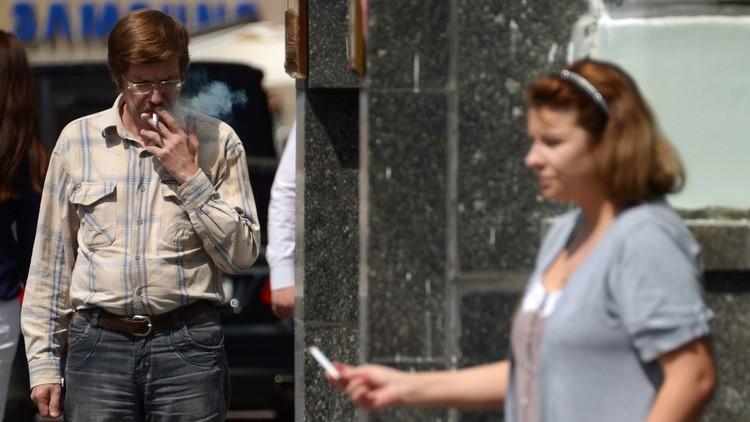 الصحة تقترح منع تدخين النرجيلة في المطاعم والمقاهي