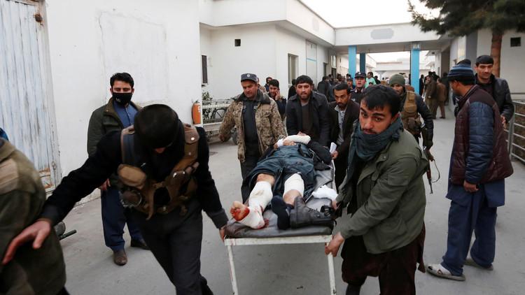 إصابة السفير الإماراتي وموظف منالسفارة وحاكم قندهار في تفجيرات أفغانستان