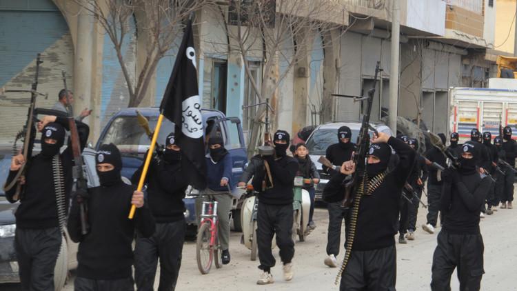 صحيفة أمريكية.. المعارضة السورية باعت بملايين الدولارات إماراتيين من داعش ؟