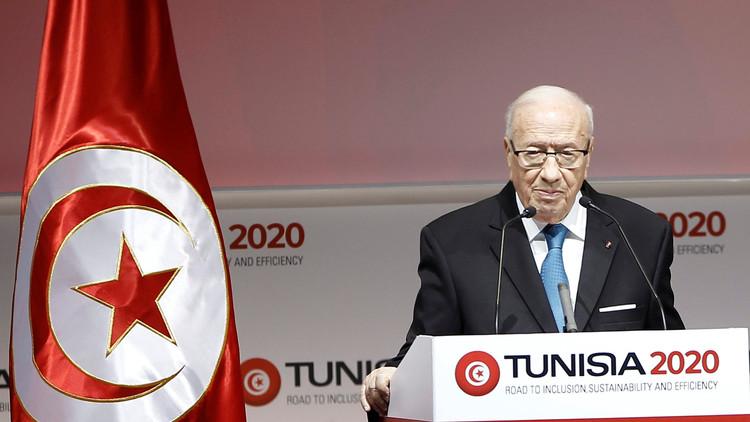 السبسي: تونس تتحمل مسؤولياتها تجاه ألمانيا وأوروبا