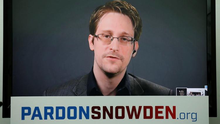 أكثر من مليون شخص يوقعون على عريضة تطالب أوباما بالعفو عن سنودن