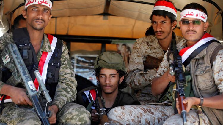 مصرع 26 مقاتلا في اشتباكات بمنطقة مضيق باب المندب في اليمن