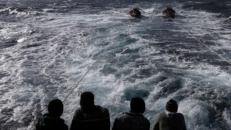 انتشال 13 جثة من البحر المتوسط وسط مخاوف من غرق عشرات المهاجرين