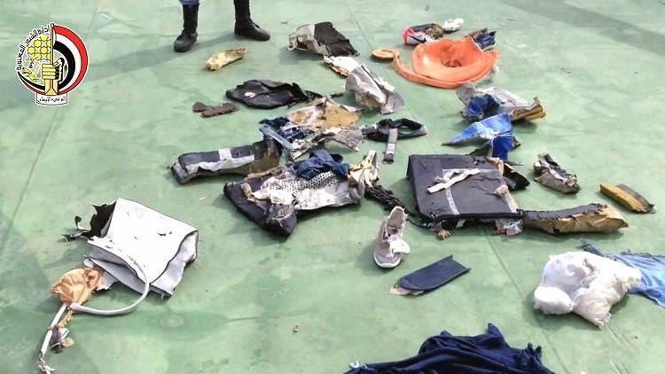ظهور فرضية جديدة لتحطم الطائرة المصرية فوق المتوسط