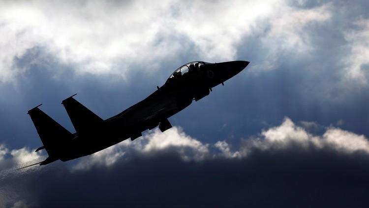 إسرائيل تقصف موقعا عسكريا تابعا لحركة