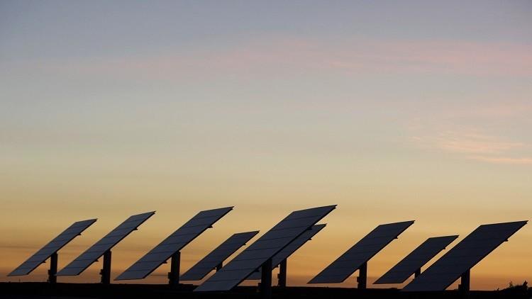 السعودية تستثمر 50 مليار دولار في الطاقة المتجددة