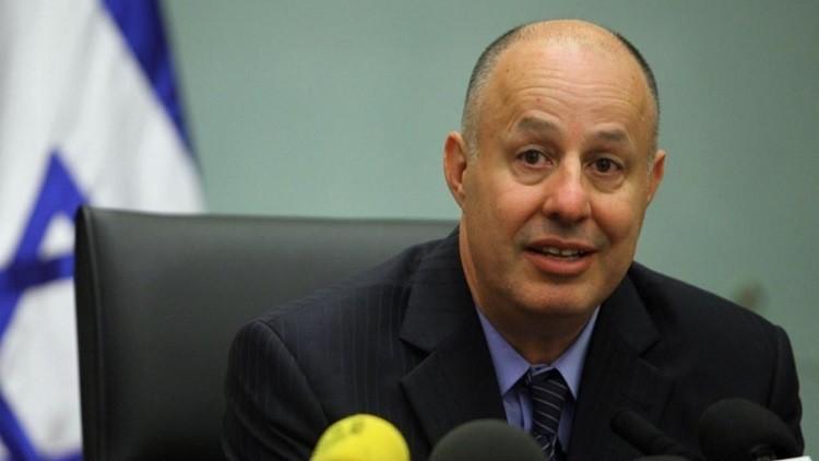 وزير إسرائيلي: الفلسطينيون عاجزون عن منع نقل السفارة الأمريكية