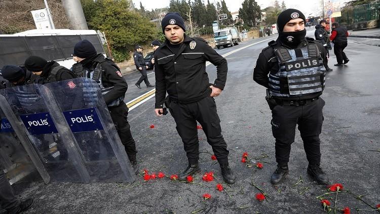 تهنئة خاصة للشرطة التركية على اعتقالها منفذ هجوم ملهى إسطنبول
