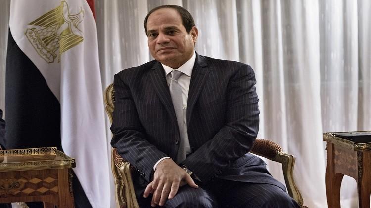 السيسي يدعو المصريين للحد من الإنجاب!