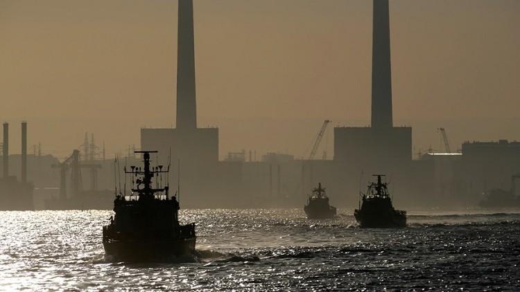 إسرائيل تعزز وجودها العسكري في حقول النفط والغاز بالمتوسط