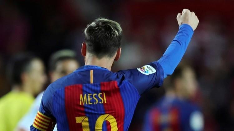 البرازيلي ريفالدو يفاجئ مشجعي برشلونة على طريقة