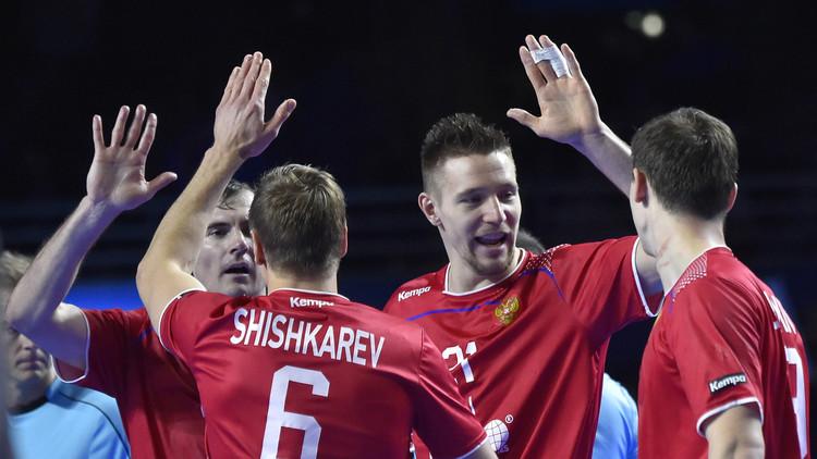 روسيا تضمن التأهل وتونس تودع مونديال اليد