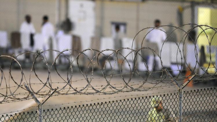 آخر عملية نقل سجناء من غوانتانامو في عهد أوباما