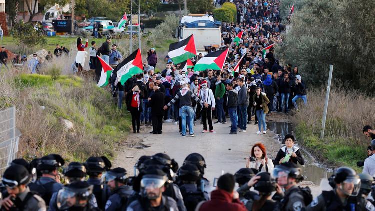 إسرائيل تستخدم الغاز لتفريق المظاهرات في عرعرة