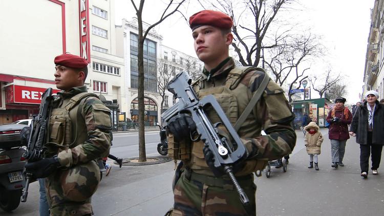 توجيه تهمة الإرهاب لفرنسي عائد من سوريا