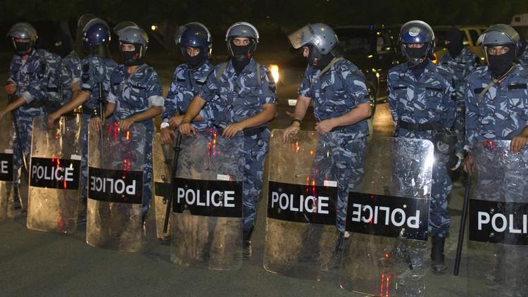 بريطانيا تحذر رعاياها في الكويت