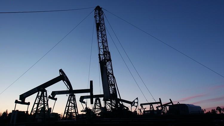نوفاك: إجمالي خفض إنتاج النفط وصل إلى1.7 مليون برميل يوميا