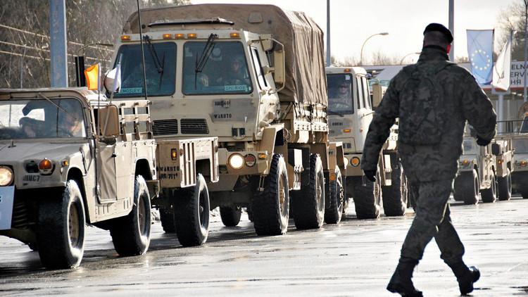 انقلاب شاحنة أمريكية تنقل قذائف دبابات في بولندا