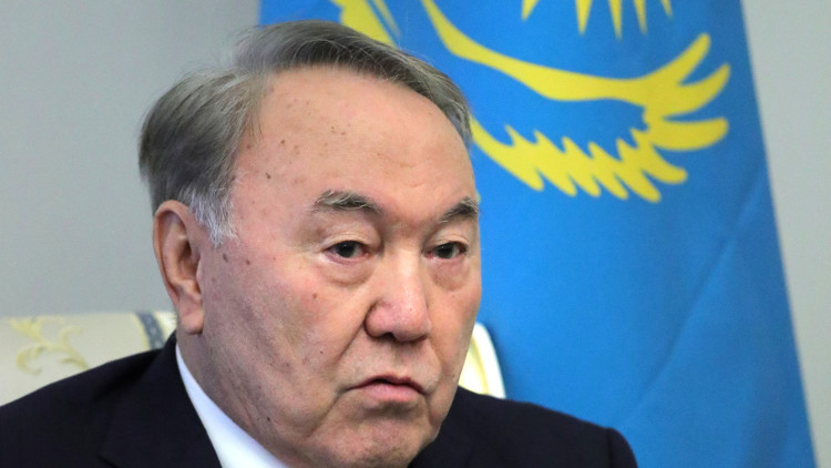 رئيس كازاخستان يبحث التسوية السورية مع دي ميستورا