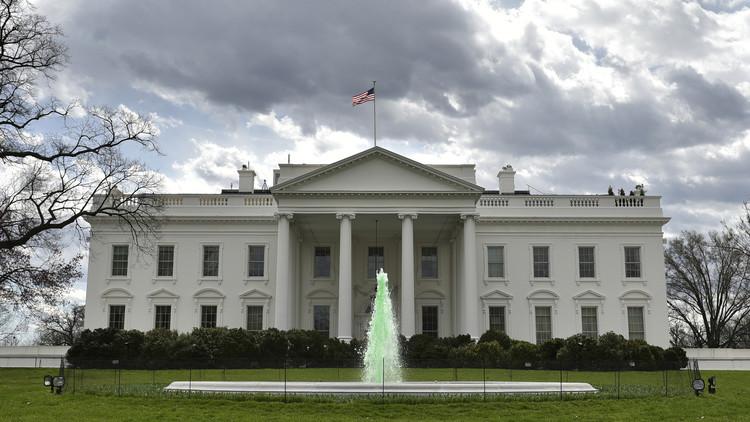 البيت الأبيض يحرم الإسبان من تصفح موقعه بلغتهم الأم