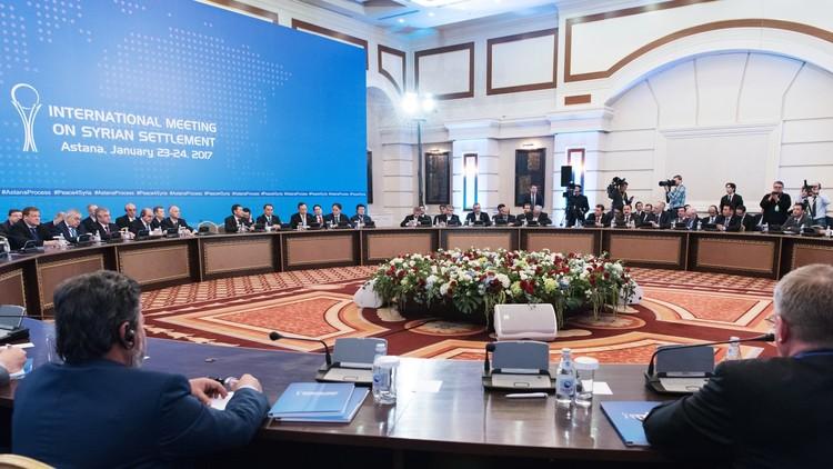 دي ميستورا: أطراف مفاوضات أستانا قريبة من إعداد صيغة نهائية من البيان الختامي