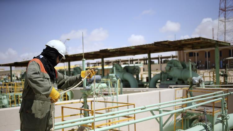 ليبيا.. تهديدات بوقف تصدير النفط