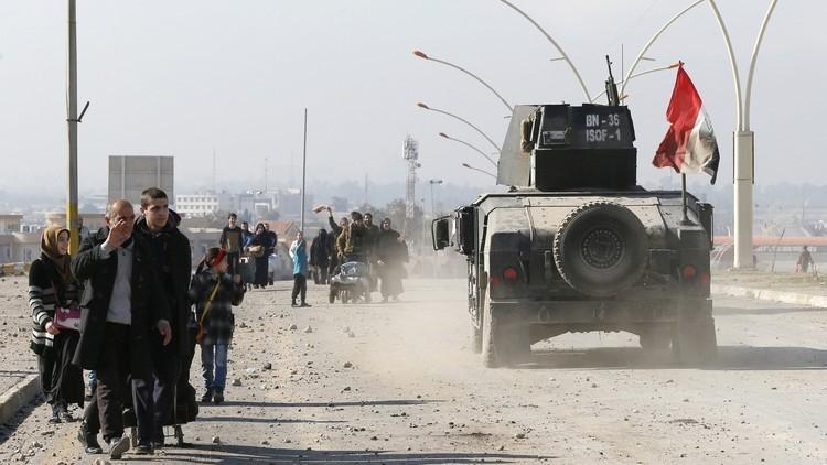 العبادي يعلن تحرير الجانب الأيسر من الموصل بالكامل