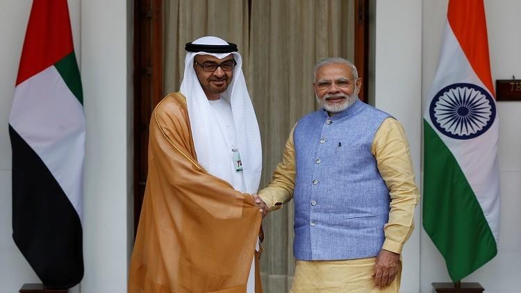 الإمارات تخزن نفطها في الهند