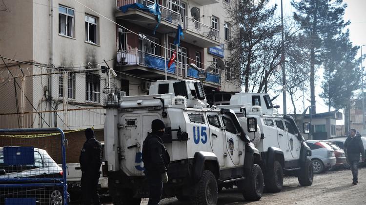 بدء محاكمة 7 مواطنين روس في تركيا بتهمة الإرهاب