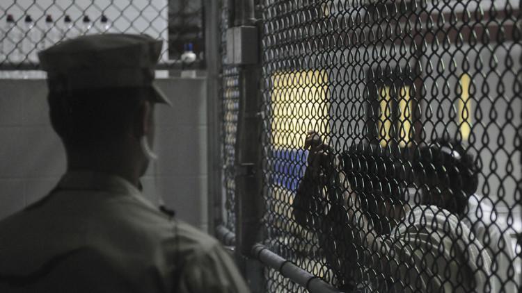 البيت الأبيض ينفي إعادة فتح السجون السرية