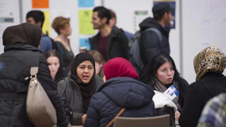 اللاجئون كبدوا ألمانيا نحو 22 مليار يورو في عام
