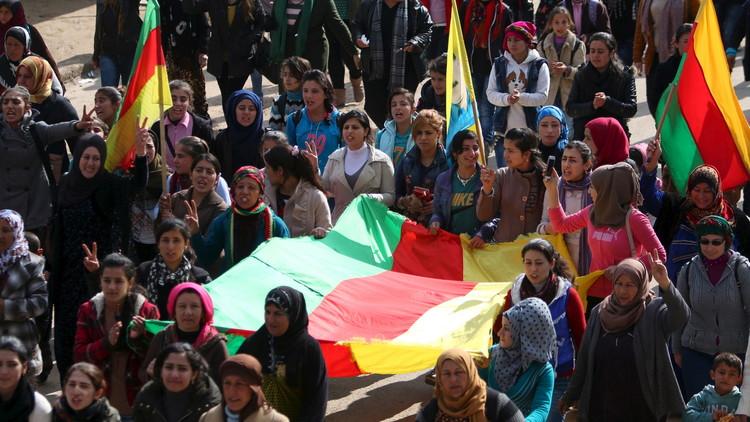 أكراد سوريا يوضحون للافروف موقفهم من بقاء الأسد في السلطة