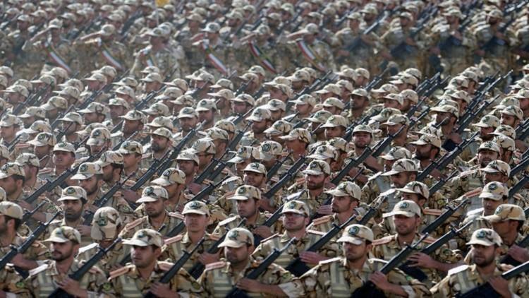 الثوري الإيراني يحاكي عملية ضد التكفيريين على أساس عمليات حقيقية جرت في سوريا