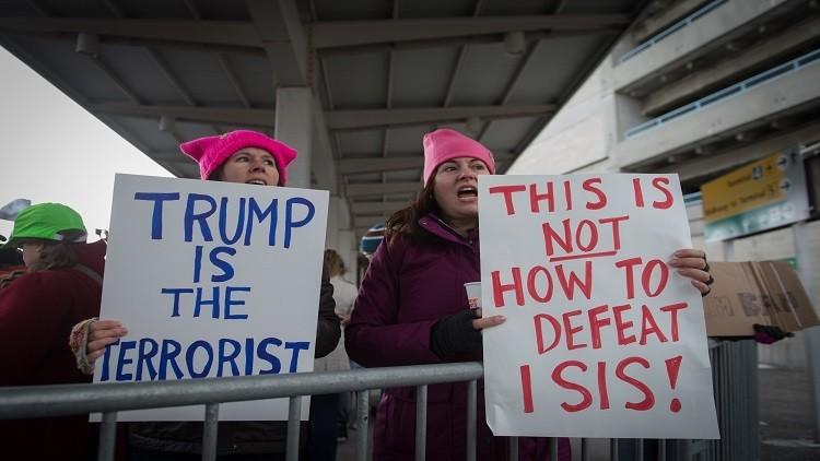 طواقم الطائرات المدنية لم تسلم من قرارات ترامب بشأن المسلمين