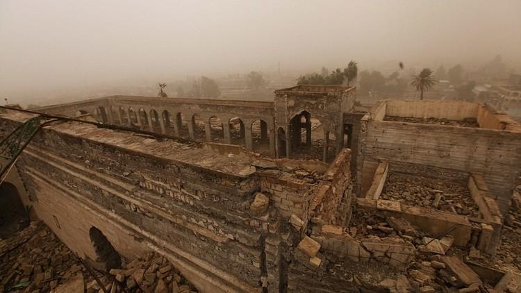 صور تكشف حجم الدمار الذي لحق بمقام النبي يونس في العراق على يد