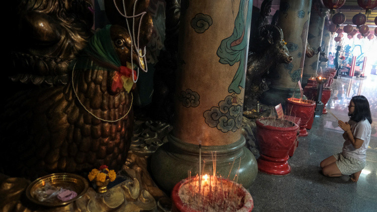 مقتل 4 أشخاص في انفجار بمعبد بوذي في تايلاند