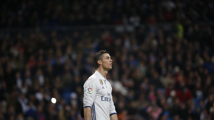 رونالدو يهين جماهير ريال مدريد بألفاظ بذيئة!