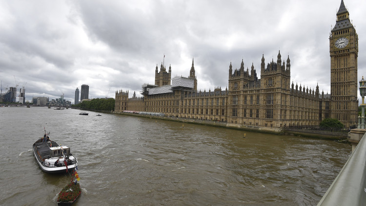 بريطانيا.. ارتفاع عدد الموقعين على عريضة رفض زيارة ترامب إلى مليون