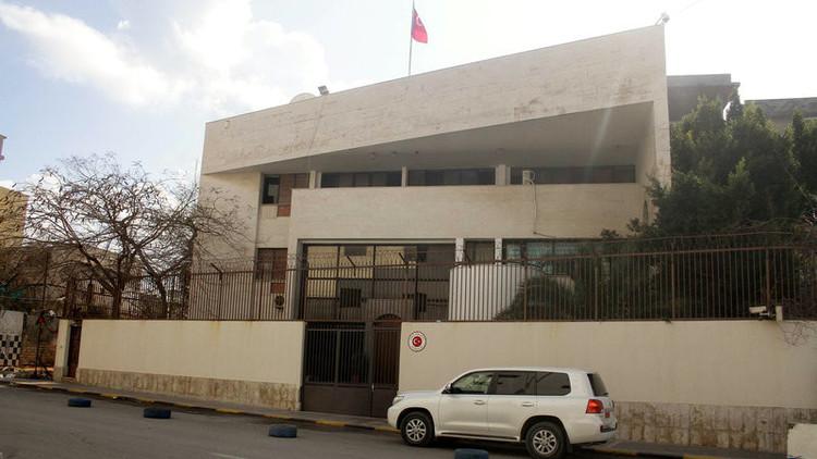تركيا تعيد فتح سفارتها في العاصمة الليبية