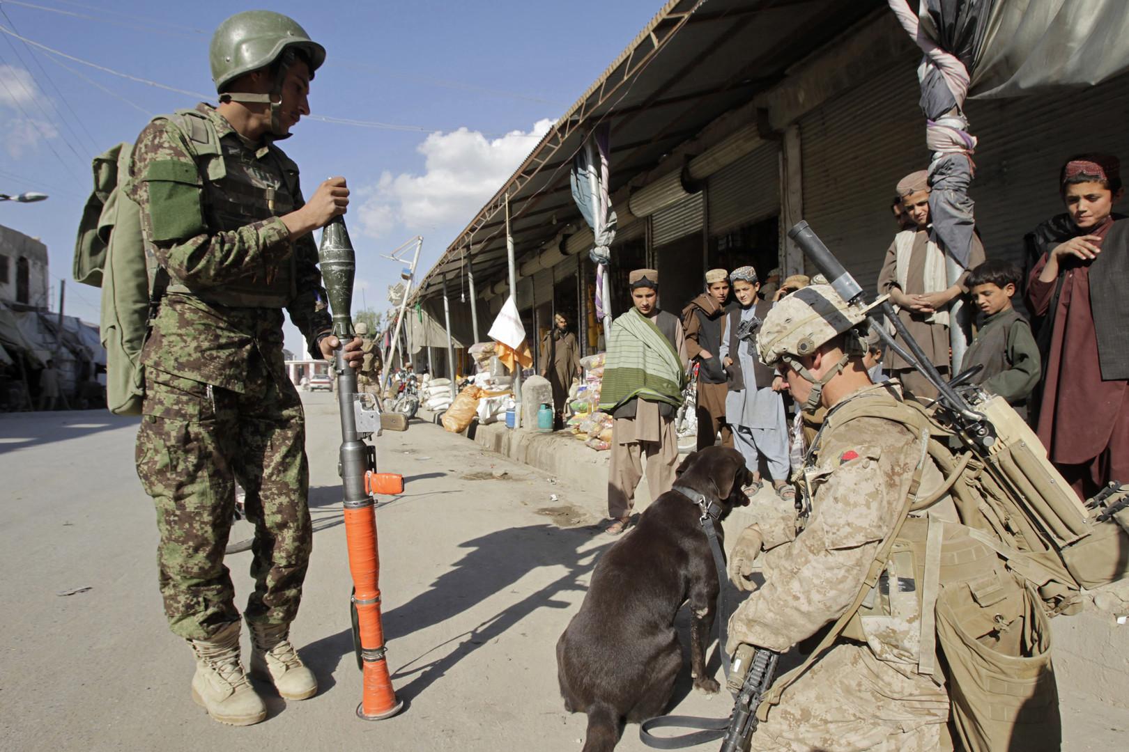 مشاة البحرية الأمريكية سيرابطون في أفغانستان