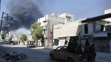 غارة على مواقع لداعش في الباب السورية