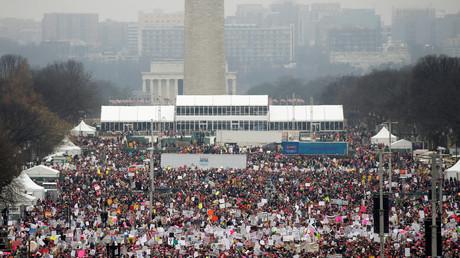 المظاهرة المناهضة لترامب أمام الكونغرس