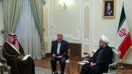 الرئيس الإيراني يستقبل وزير الخارجية الكويتي