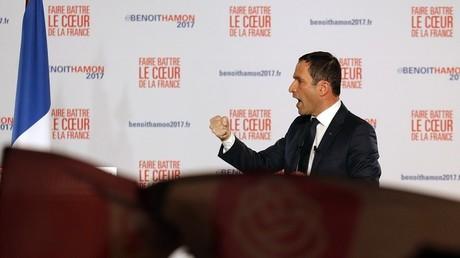 مرشح اليسار ووزير التعليم السابق بونوا هامون