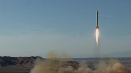 صورة أرشيفية لصاروخ باليستي أجرت السلطات الإيرانية إطلاقا اختباريا له